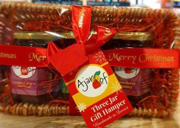 A jar of 3 pack Chutney Christmas Hamper